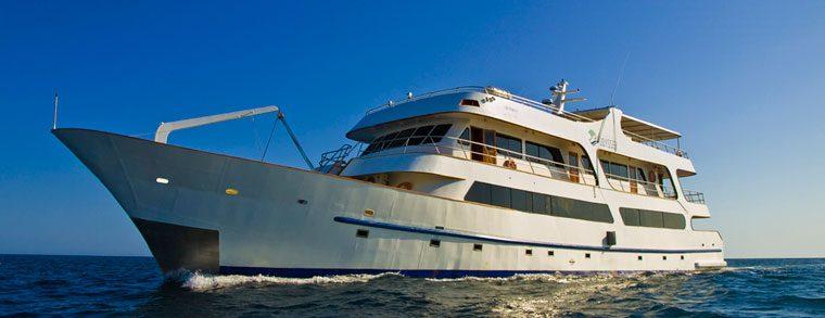 galapagos-odyssey-luxury-yacht