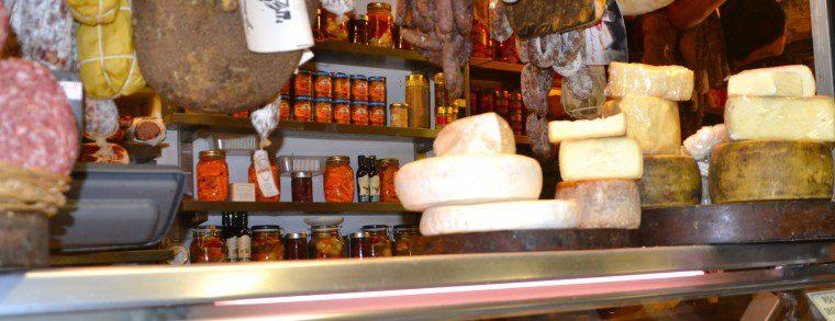 San Lorenzo Food Market 1